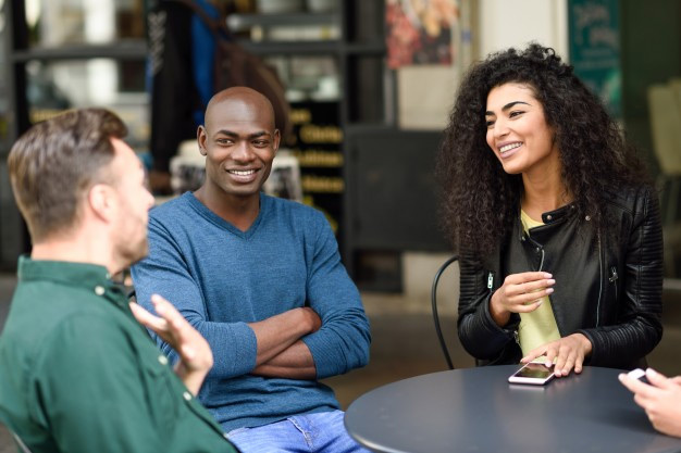Ways to Meet Local Spanish Conversation Partners in Your Community